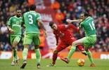 Liverpool abre 2 a 0 com gol de Firmino, mas permite empate no fim (Reuters)