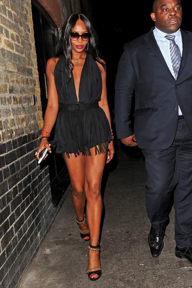 Naomi Campbell em Londres, na Inglaterra (Foto: AKM-GSI/ Agência)