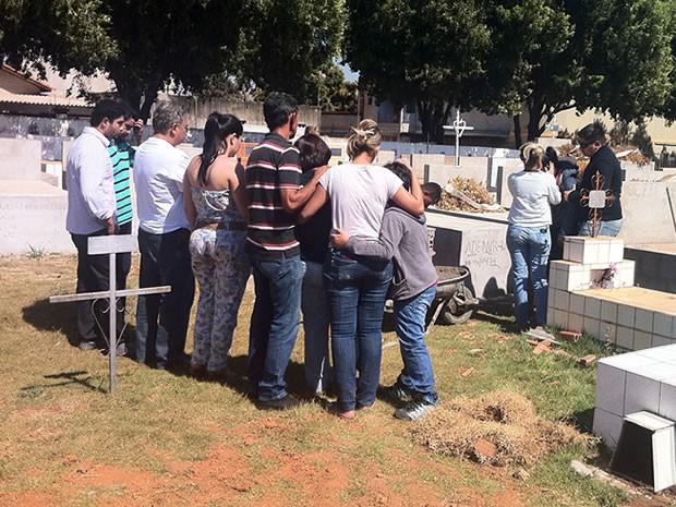 Corpos foram trocados cerca de 7 horas depois do velório. (Foto: Pollyana Araújo/ G1)