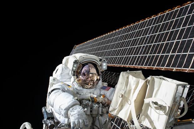 Pense bem antes de compartilhar ao vivos no Facebook. A menos que sejam os nossos (Foto: NASA/Getty Images)