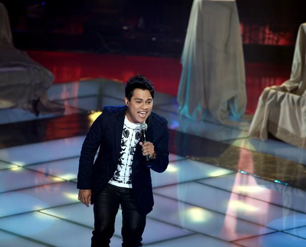 Pedro Eduardo show (Foto: The Voice Brasil / Tv Globo)