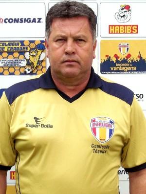 Roberto Cavalo técnico Barueri (Foto: José Maurício Rocha / Grêmio Barueri)