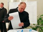 Paris afirma que Putin deseja adiar visita a França