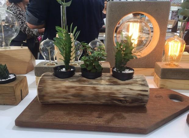 Wood Mood lança peças de madeira de reuso e concreto (Foto: Casa e Jardim)