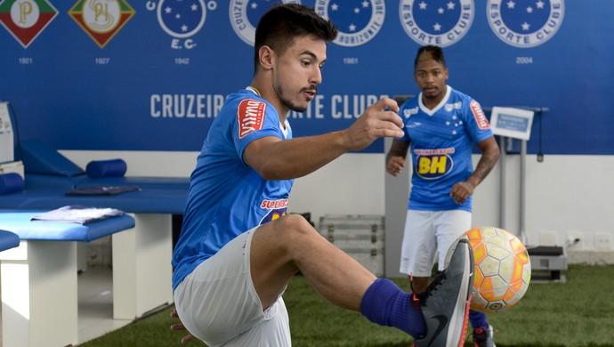 Cruzeiro; Willian (Foto: Washington Alves / Light Press)