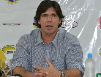 Técnico Wilson Gottardo São José Esporte Clube (Foto: Filipe Rodrigues)