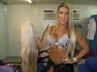 Dani Vieira usa dois quilos de cabelo postiço no desfile da Vila Isabel