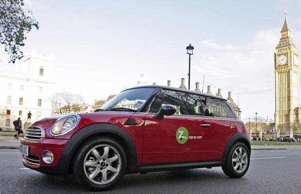 Carro da Zipcar, serviço de compartilhamento de carros, em Londres (Foto: Getty Images)