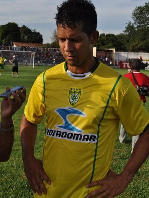 Raphael Freitas, atacante do Picos (Foto: Renan Morais/GLOBOESPORTE.COM)