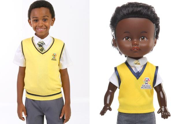 Jean Paulo e o boneco do personagem Cirilo (Foto: Divulgação/Estrela e SBT)