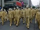 SP tem 'cegos' na Avenida Paulista e 'festa dos mortos' no Memorial