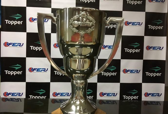 Troféu que será dado ao campeão da Taça Guanabara (Foto: Divulgação/Ferj)
