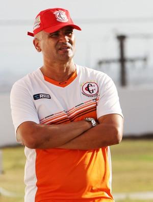 Oliveira Canindé, treinador do Campinense (Foto: Magnus Menezes / Jornal da Paraíba)