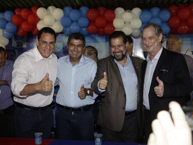 Josias Da Vitória, Sérgio Vidigal, Carlos Lupi e Ciro Gomes (Foto: Edson Reis/Divulgação)