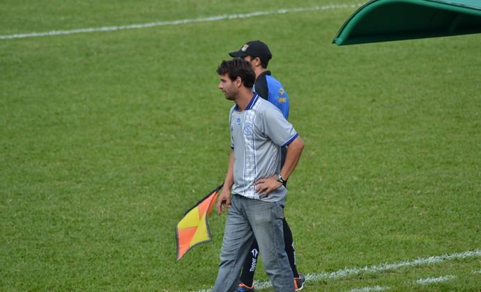Gilsinho Taubaté técnico interino (Foto: Filipe Rodrigues)