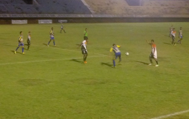 Com a vitória o Escola Paraíso tem 100% de aproveitamento na segundona (Foto: Marcos Martins/GLOBOESPORTE.COM)