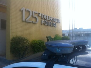 delegacia são pedro da aldeia (Foto: Heitor Moreira/G1)