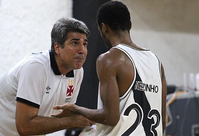Dedé Barbosa e Nezinho Vasco x Brasília NBB (Foto: Thiago Moreira/Vasco)