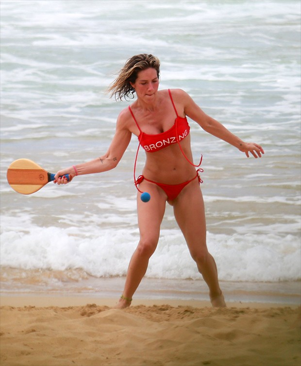 Giovanna Ewbank na Praia do Sancho em Fernando de Noronha (Foto: AgNews)
