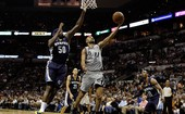 Spurs saem na frente dos Grizzlies na final 