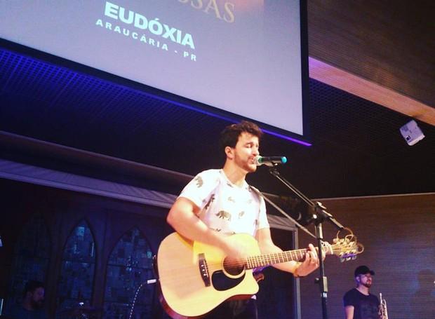 Abrindo as audições a banda Eudóxia subu no palco do Festival (Foto: Divulgação/Roberto Gilliard)