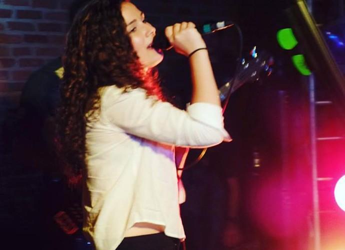 Vanessa costumava cantar nos almoços da faculdade (Foto: Arquivo pessoal)