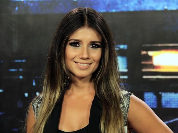 Paula Fernandes grava vinheta para o programa 'Altas Horas' (Foto: Marcos Mazini/Gshow)