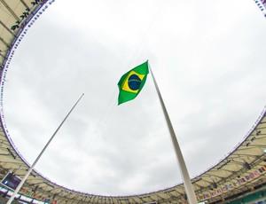 Maracanã cerimônia de abertura bandeira (Foto: Alex Ferro / Rio 2016)