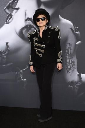 """""""É como ser acusada de assassinato"""" diz Yoko Ono sobre responsabilidade do fim dos Beatles"""