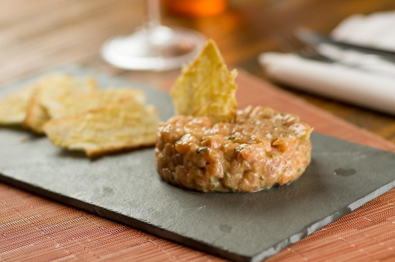 O tartar de salmão do Varanda (Foto: Divulgação)