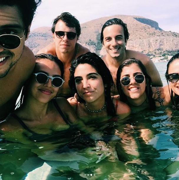 Yanna Lavigne com os amigos (Foto: Reprodução Instagram)