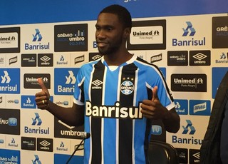 Negueba Grêmio (Foto: Eduardo Moura/GloboEsporte.com)
