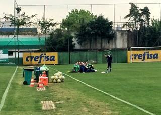 Prass tira foto com os goleiros do Palmeiras (Foto: Tossiro Neto)