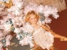 Karina Bacchi posta foto da infância: 'Pequenina, pequenina'