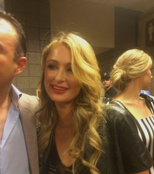 Paris Hilton na MGM Grand (Foto: Reprodução/Twitter)