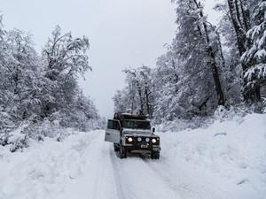 Enfrentando a neve no caminho (Foto: Leonardo Spencer/Arquivo pessoal)