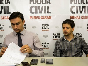 Delegados Cezar Felipe Colombari da Silva e Conrado Costa da Silva em Araxá (Foto: Polícia Civil/Divulgação)