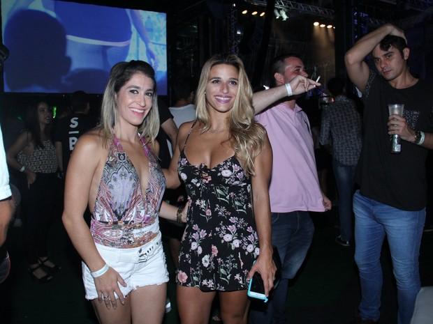 Daniele Hypolito e Jade Barbosa em show na Zona Portuária do Rio (Foto: Wallace Barbosa/ Ag. News)