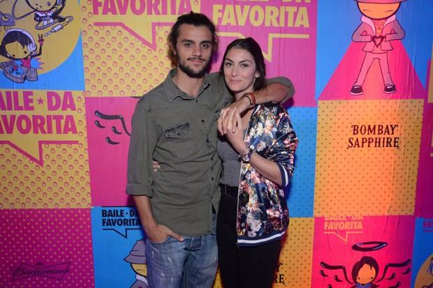 Felipe Simas e Mariana Uhlmann (Foto: Reginaldo Teixeira/CS Eventos Divulgação)