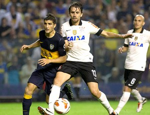 Paulo André jogo Corinthians Boca Juniors (Foto: AP)