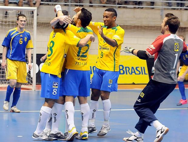Jogadores comemoração Seleção Futsal (Foto  Luciano Bergamaschi   CBFS) aebb610b3d150