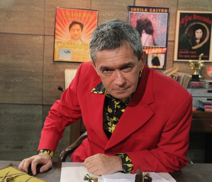 Serginho Groisman interpretando 'O Produtor' (Foto: Marcos Mazini/Gshow)