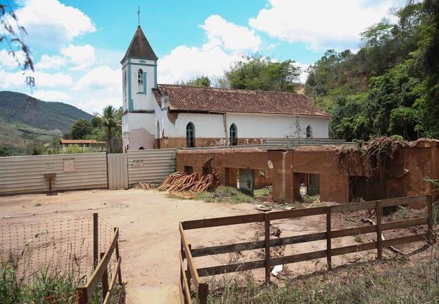 Igreja destruída em Mariana: dois anos do rompimento da barragem (Foto: José Cruz/Agência Brasil)