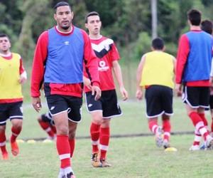 Bruno Aguiar e Thiago Medeiros (Foto: José Carlos Fornér/JEC)