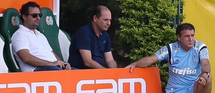 Alexandre Mattos, Cícero Souza e Cuca em treino do Palmeiras (Foto: César Greco / Ag. Palmeiras / Divulgação)