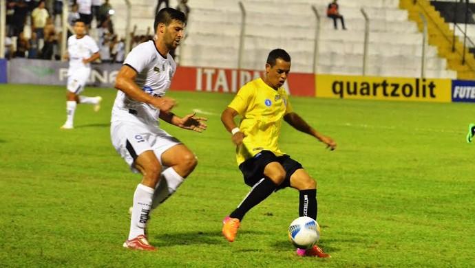 União Barbarense x Rio Branco (Foto: Sanderson Barbarini / Foco no Esporte)