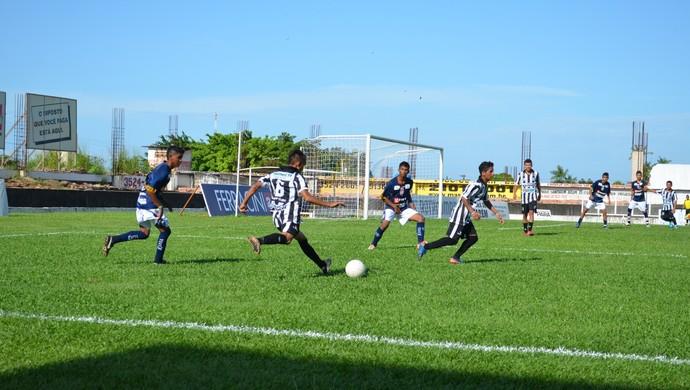 Sub-17 São Francisco x São Raimundo (Foto: Gustavo Campos/GloboEsporte.com)