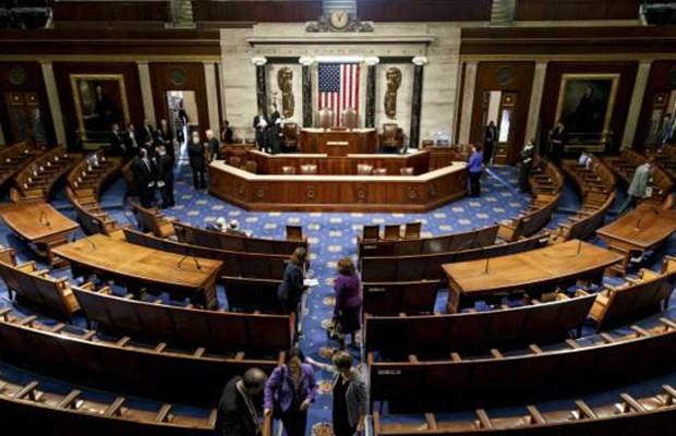Estão em jogo nestas eleições todas as 435 cadeiras da Câmara dos Representantes (Foto: BBC)