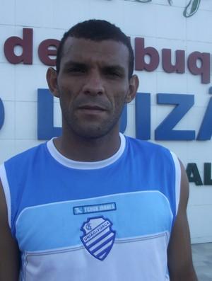Adalberto, zagueiro do CSA (Foto: Caio Lorena / Globoesporte.com)