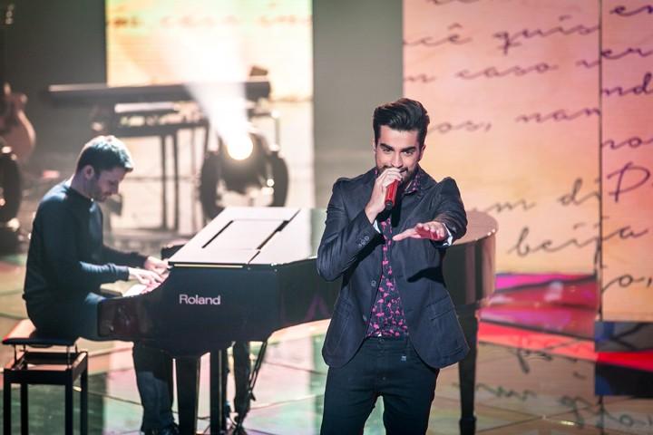 """Matteus cantou """"Caso Indefinido"""" em sua primeira apresentação ao vivo (Foto: Isabella Pinheiro/Gshow)"""